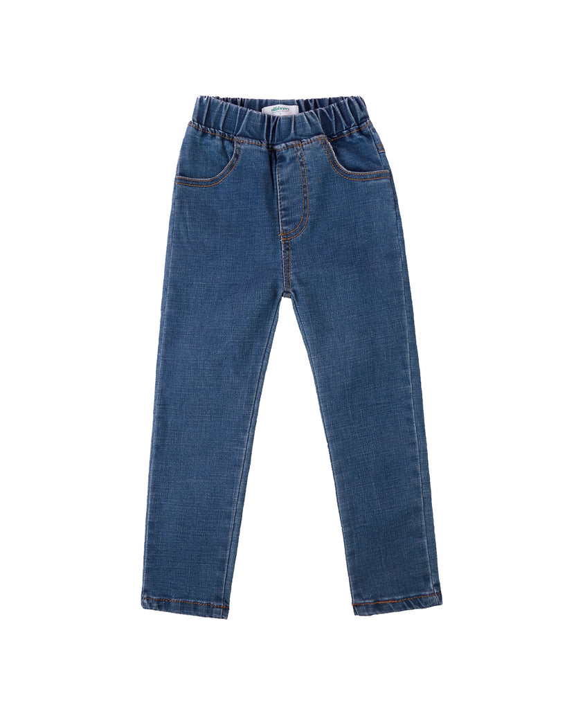Slim fit jean front