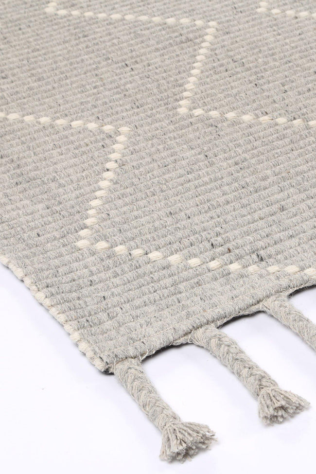 Cora Diamond Tassel Grey Wool Rug