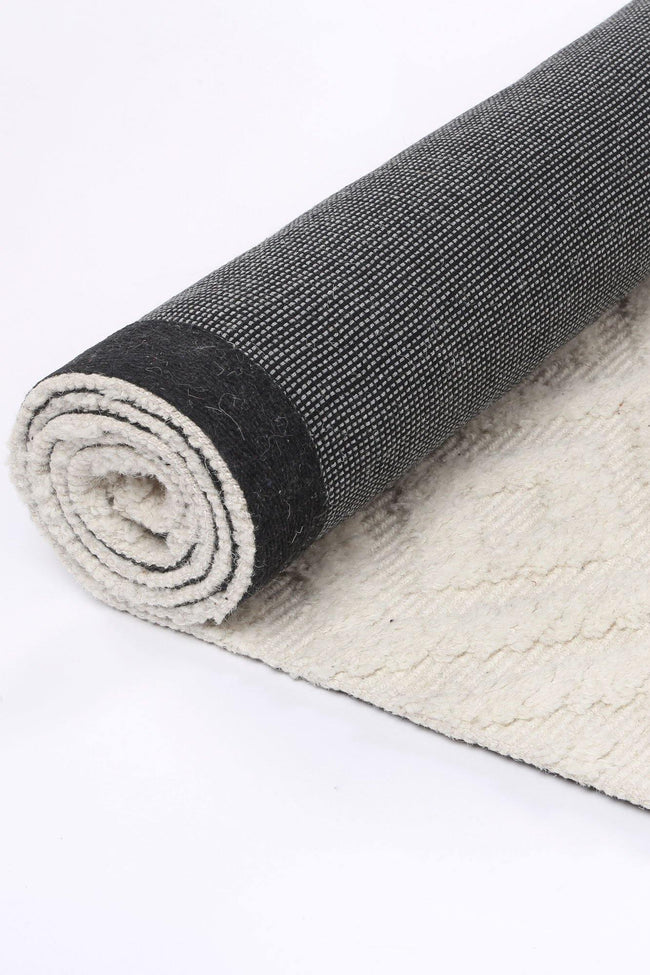 Cora Plush Diamond Cream Wool Rug