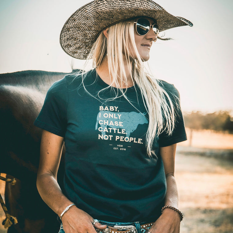 Chase Cattle Ladies Dusty Black Tee
