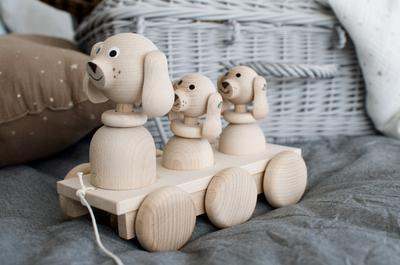 Pull Along Wooden Family of Puppy Dogs
