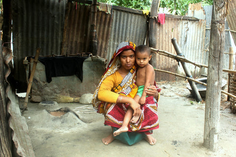 Mother and Child In Need of Help From The Sreepur Village Bangladesh Charity