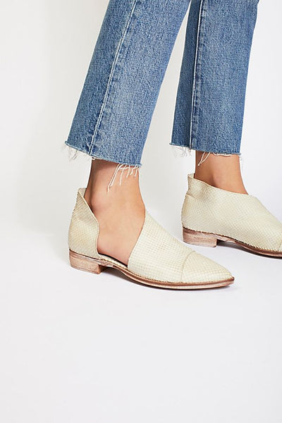 FREE PEOPLE Royal Plat in White Embossed