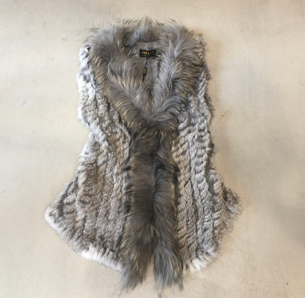 Jayley Faux Fox Fur Vest