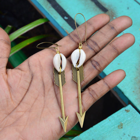 Cowrie Arrow Drops