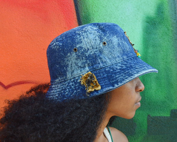 Crowned Freestyle Bucket Hat (blue denim)