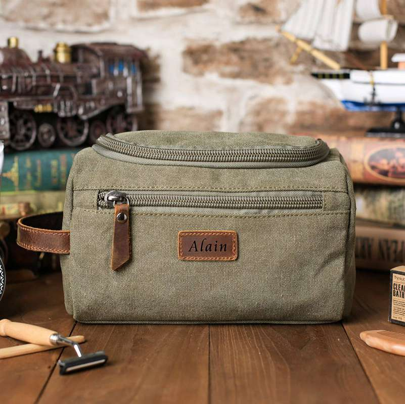 Personalized Groomsmen Gift, Dopp Kit Bag Customized Canvas Toiletry Bag Make Up Bag Monogram Mens Toiletry Bag - icambag