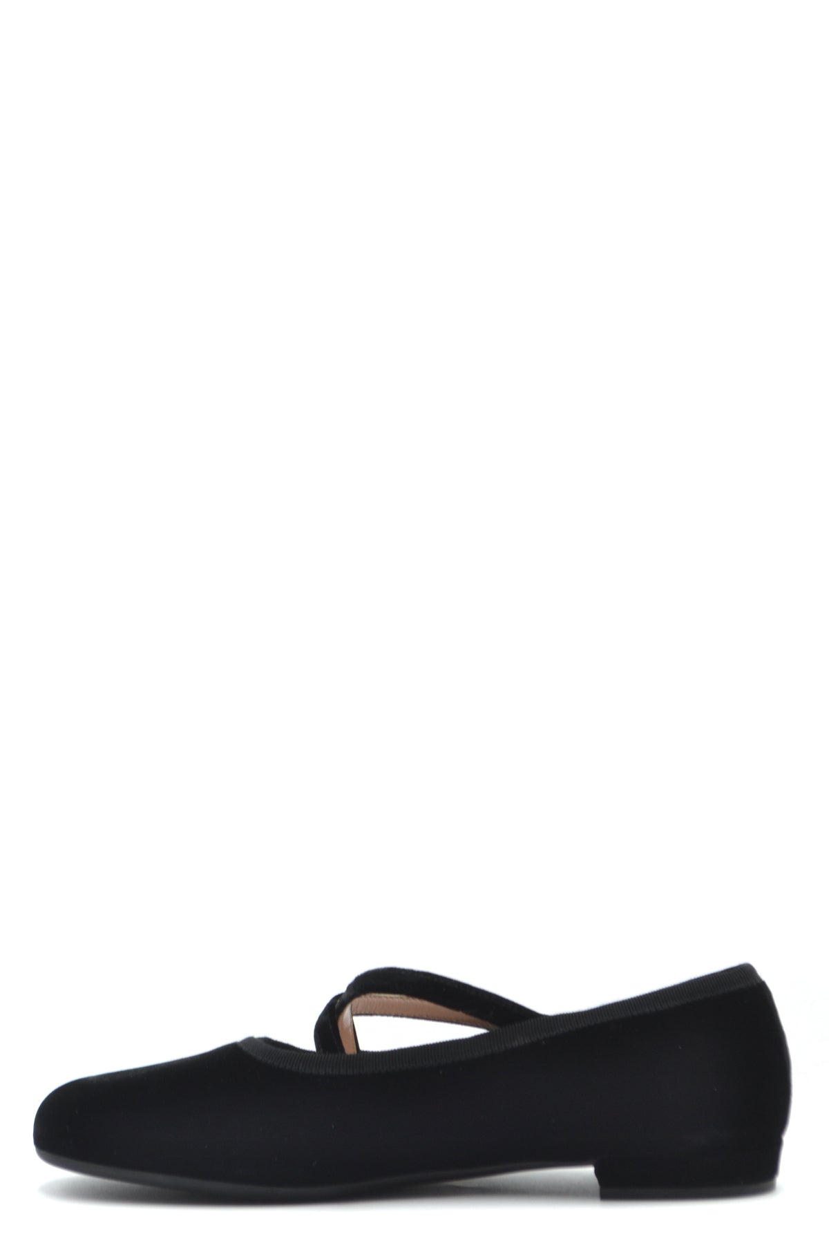 Shoes Miu Miu-Women's Fashion - Women's Shoes - Women's Flats-Product Details Terms: New With LabelMain Color: BlackType Of Accessory: ShoesSeason: Fall / WinterMade In: ItalyGender: WomanSize: EuComposition: Velvet 100%Year: 2020Manufacturer Part Number: 5F873C Lssz F0002-Keyomi-Sook