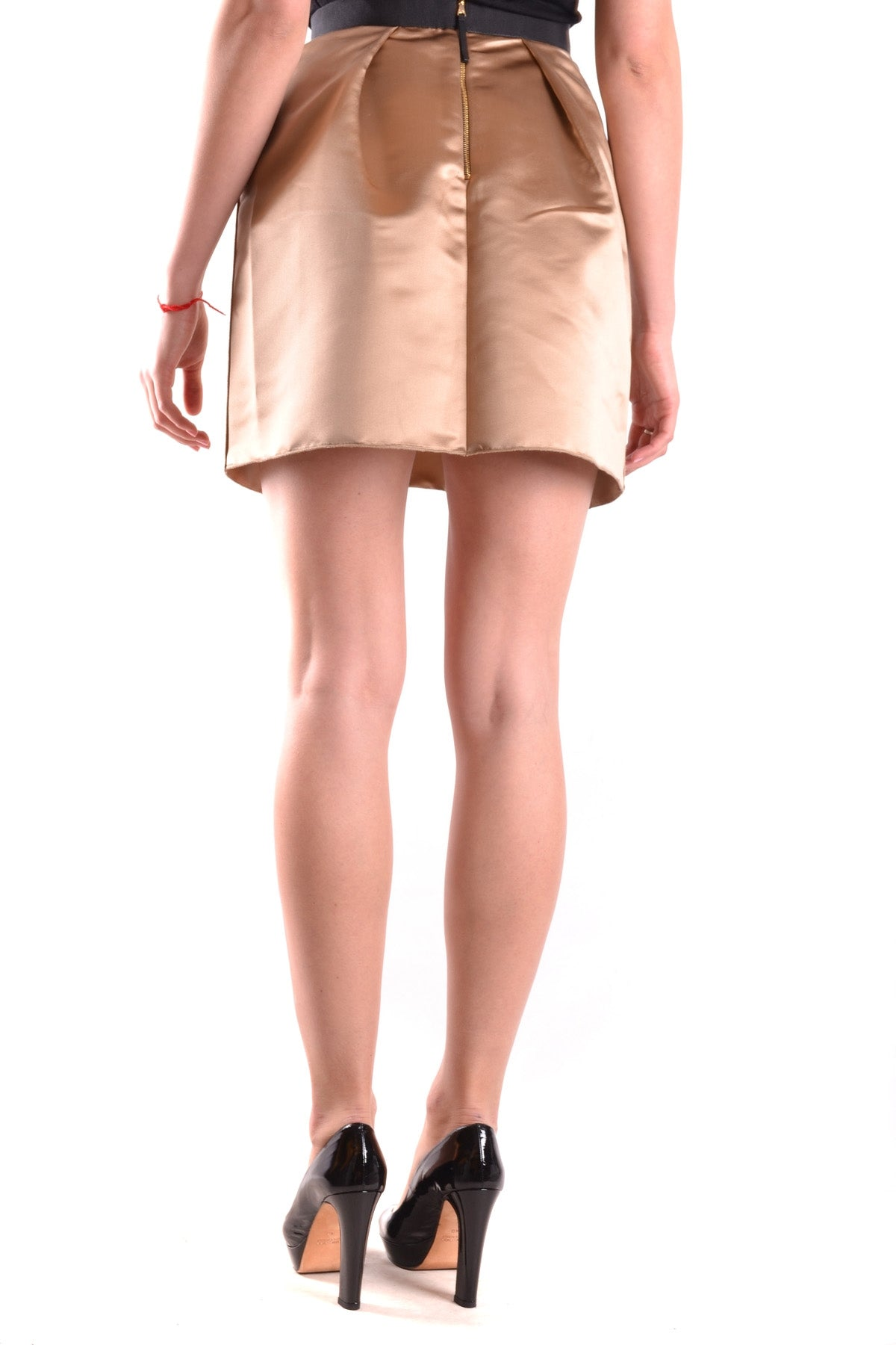 Skirt D&G Dolce & Gabbana-Skirts - WOMAN-Product Details Terms: New With LabelYear: 2017Main Color: GoldGender: WomanMade In: ItalySize: ItSeason: Spring / SummerClothing Type: SkirtComposition: Polyester 64%, Silk 36%-Keyomi-Sook
