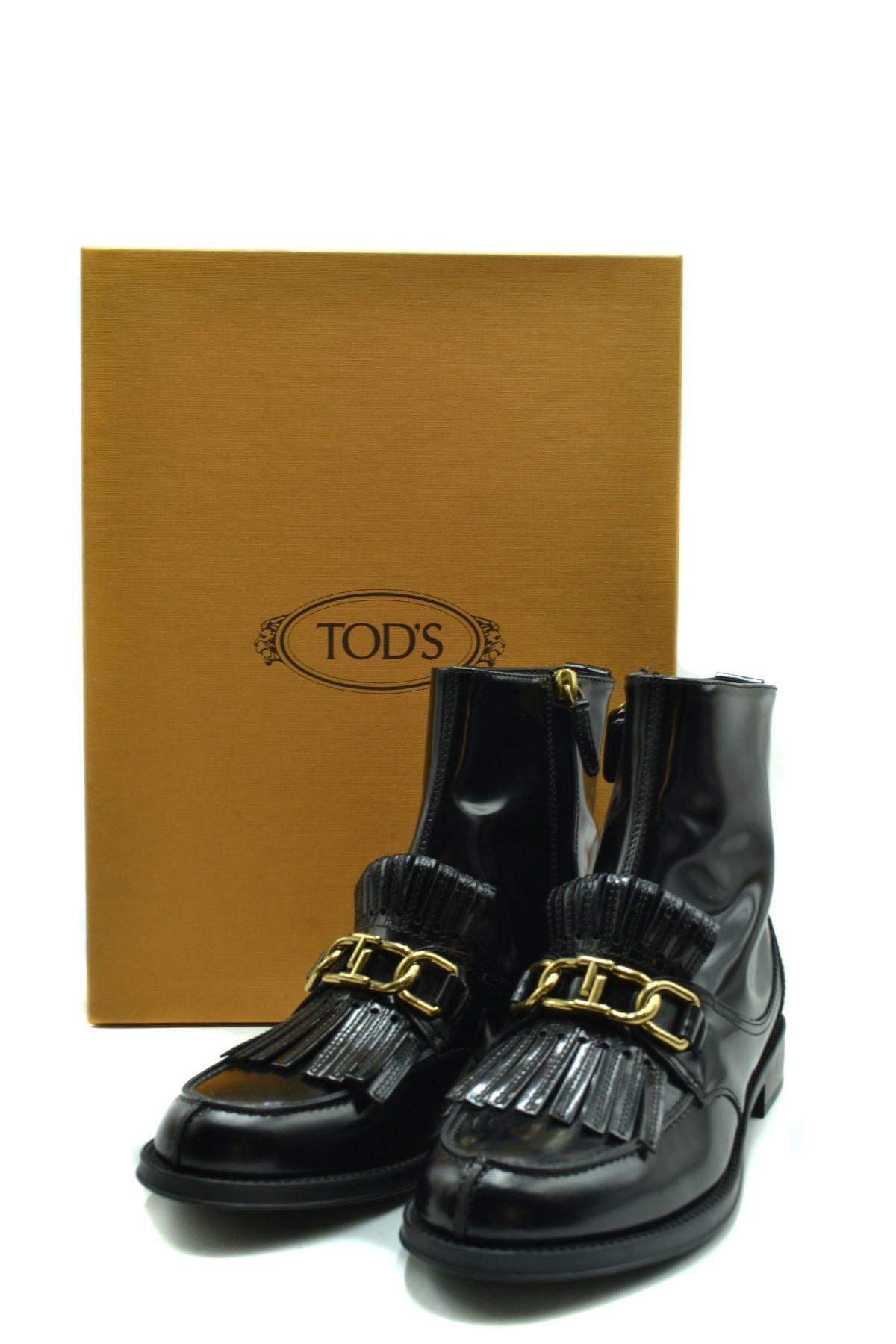 Shoes Tod'S-Women's Fashion - Women's Shoes - Women's Boots-Product Details Terms: New With LabelMain Color: BlackType Of Accessory: BootsSeason: Fall / WinterMade In: ItalyGender: WomanSize: EuComposition: Leather 100%Year: 2020Manufacturer Part Number: Xxw0Ru0Z880Shab999-Keyomi-Sook