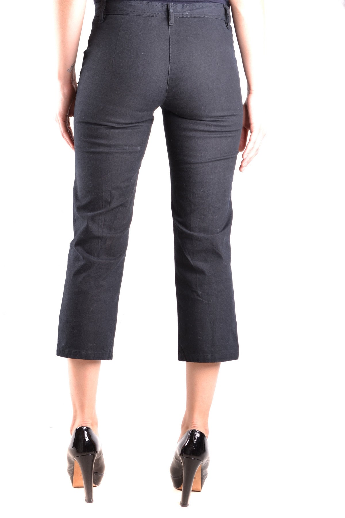 Trousers Moschino Jeans-Trousers - WOMAN-Product Details Terms: New With LabelYear: 2017Main Color: BlackGender: WomanMade In: RomaniaSize: ItSeason: Spring / SummerClothing Type: TrousersComposition: Cotton 98%, Elastane 2%-Keyomi-Sook