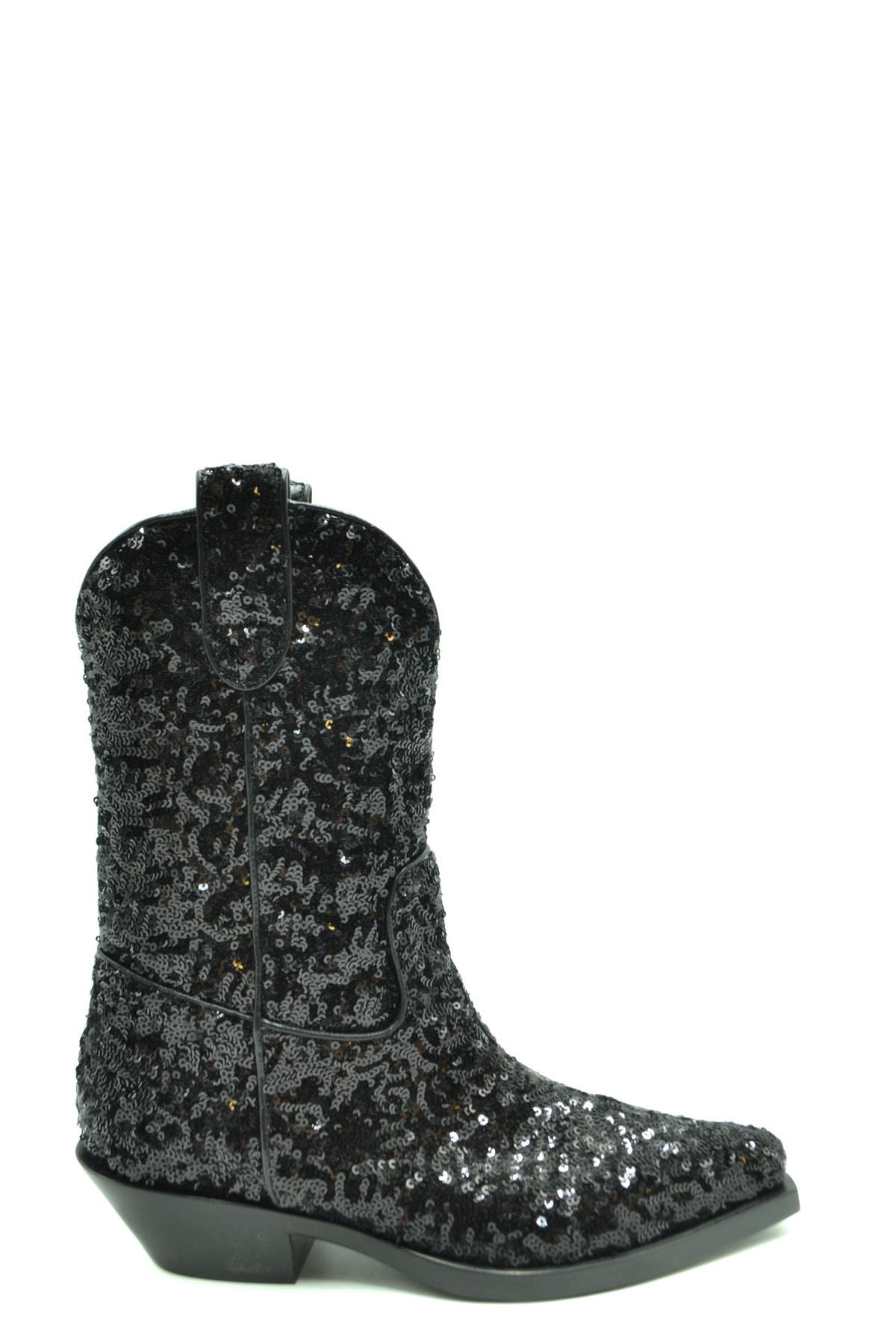 Shoes Dolce & Gabbana-Women's Fashion - Women's Shoes - Women's Boots-36-Product Details Terms: New With LabelMain Color: BlackType Of Accessory: BootsSeason: Fall / WinterMade In: ItalyGender: WomanSize: EuComposition: Leather 100%Year: 2020Manufacturer Part Number: Ct0454 Az277 80999-Keyomi-Sook