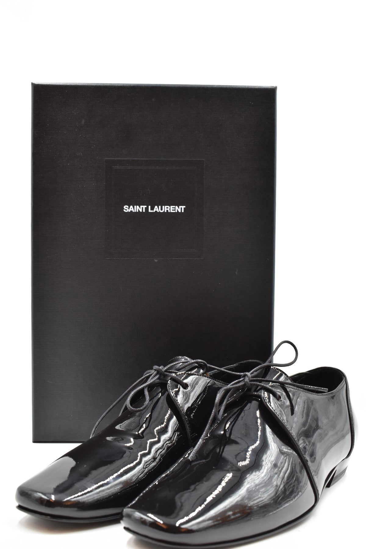 Shoes Saint Laurent-Women's Fashion - Women's Shoes - Women's Flats-Product Details Terms: New With LabelMain Color: BlackType Of Accessory: ShoesSeason: Fall / WinterMade In: ItalyGender: WomanSize: EuComposition: Dye 100%Year: 2020Manufacturer Part Number: I53S90421517-Keyomi-Sook