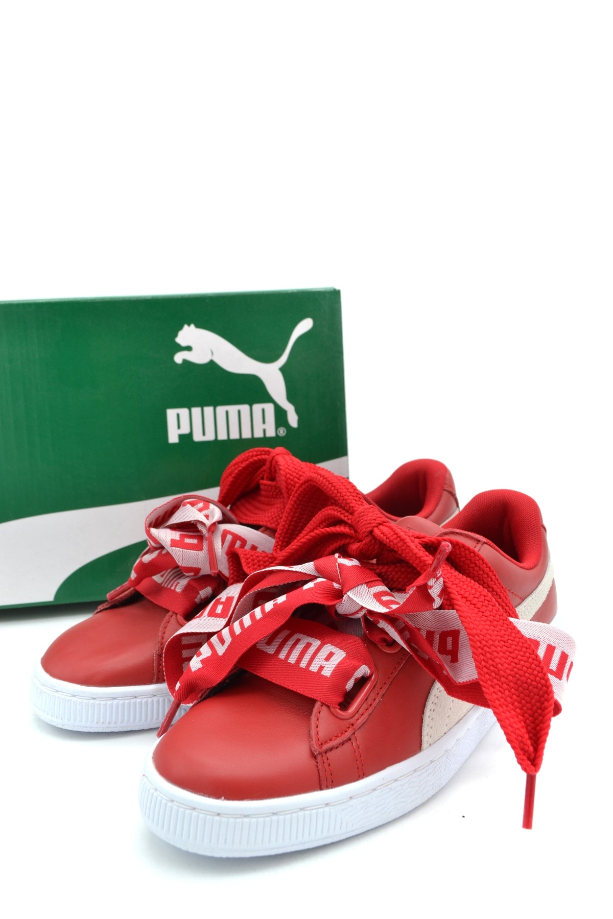 Shoes Puma-Sneakers - WOMAN-Product Details Type Of Accessory: ShoesSeason: Spring / SummerTerms: New With LabelMain Color: RedGender: WomanMade In: VietnamManufacturer Part Number: 364082 03Size: EuYear: 2018Composition: Leather 100%-Keyomi-Sook