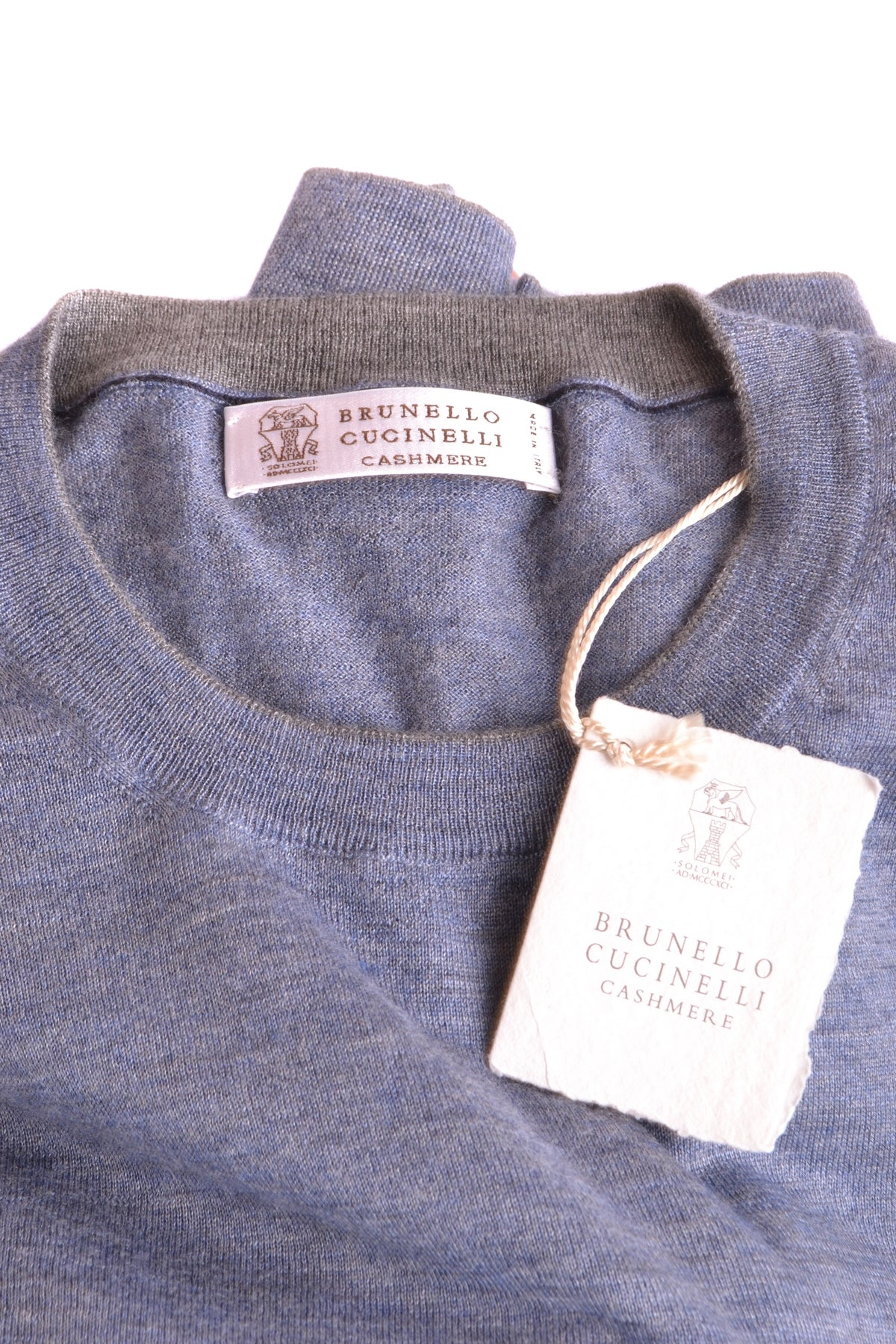 Sweater Brunello Cucinelli-Sweater - MAN-Product Details Season: Fall / WinterTerms: New With LabelMain Color: BlueGender: ManMade In: ItalyManufacturer Part Number: M2300150 Ct232Size: ItYear: 2018Clothing Type: Sweater Composition: Cashmere 70%, Silk 30%-Keyomi-Sook