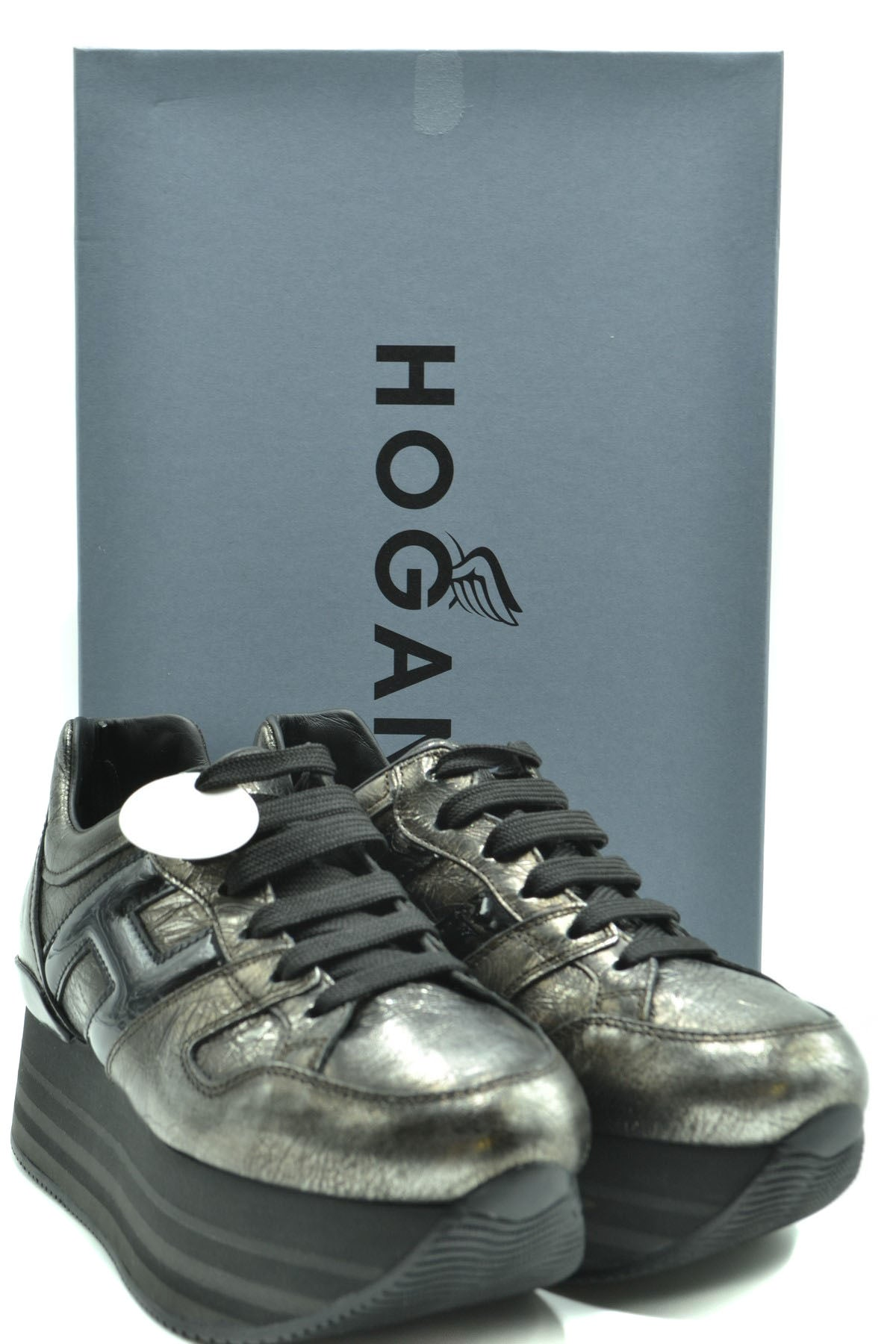 Shoes Hogan-Sports & Entertainment - Sneakers-Product Details Terms: New With LabelMain Color: GrayType Of Accessory: ShoesSeason: Fall / WinterMade In: ItalyGender: WomanSize: EuComposition: Leather 100%Year: 2020Manufacturer Part Number: Hxw2830T548Jd81642-Keyomi-Sook