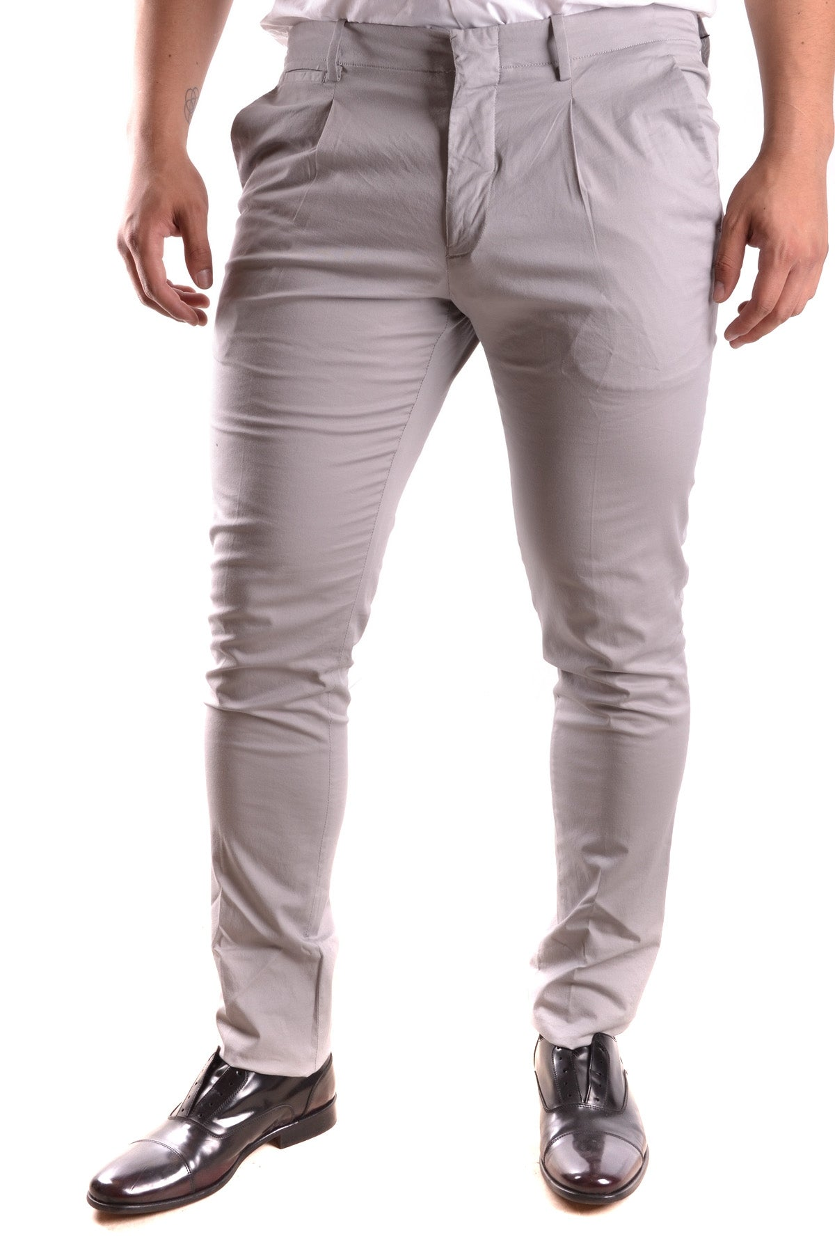 Trousers Michael Kors-Trousers - MAN-31-Product Details Terms: New With LabelYear: 2017Main Color: GraySeason: Spring / SummerMade In: ChinaSize: UsGender: ManClothing Type: TrousersComposition: Cotton 99%, Elastane 1%-Keyomi-Sook