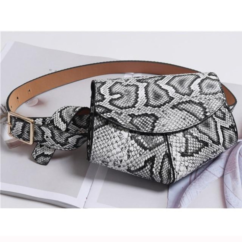 Women'S Serpentine Waist Leather Belt Bag-Women - Bags - Shoulder Bags-White waist bag-Product Details: Women's Serpentine Fanny Pack Mini Disco Waist Leather Belt Bag Item Type: Waist Packs Main Material: PU Style: Fashion Pattern Type: Solid Shape: Pillow Dimensions: Strap Drop: 102 cm Item Length: 18 cm-Keyomi-Sook