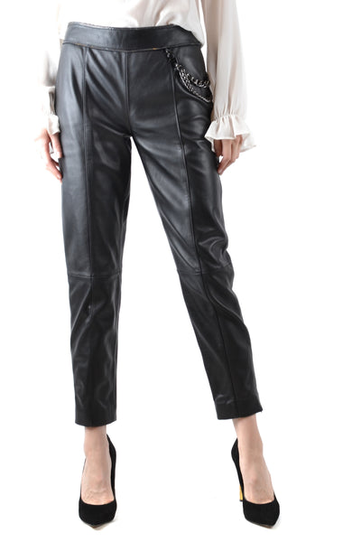 Trousers Boutique Moschino-Trousers - WOMAN-40-Product Details Terms: New With LabelYear: 2018Main Color: BlackGender: WomanMade In: IndiaManufacturer Part Number: Ha3705Size: ItSeason: Fall / WinterClothing Type: TrousersComposition: Leather 100%-Keyomi-Sook