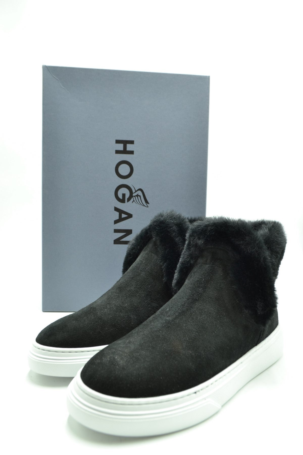 Shoes Hogan-Women's Fashion - Women's Shoes - Women's Boots-Product Details Terms: New With LabelMain Color: BlackType Of Accessory: BootsSeason: Fall / WinterMade In: ItalyGender: WomanSize: EuComposition: Chamois 100%Year: 2020Manufacturer Part Number: Hxw3660Ao30Jfhb999-Keyomi-Sook