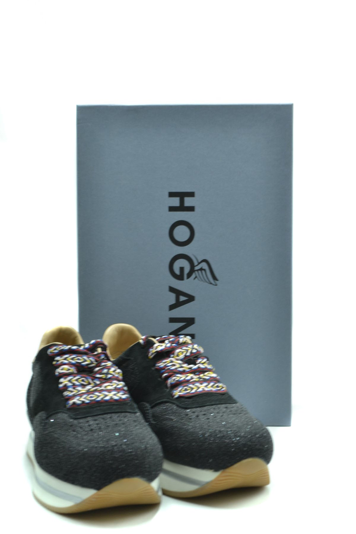 Shoes Hogan-Sports & Entertainment - Sneakers-Product Details Terms: New With LabelMain Color: BlackType Of Accessory: ShoesSeason: Fall / WinterMade In: ItalyGender: WomanSize: EuComposition: Leather 100%Year: 2020Manufacturer Part Number: Hxw2220M468Jdj079X-Keyomi-Sook