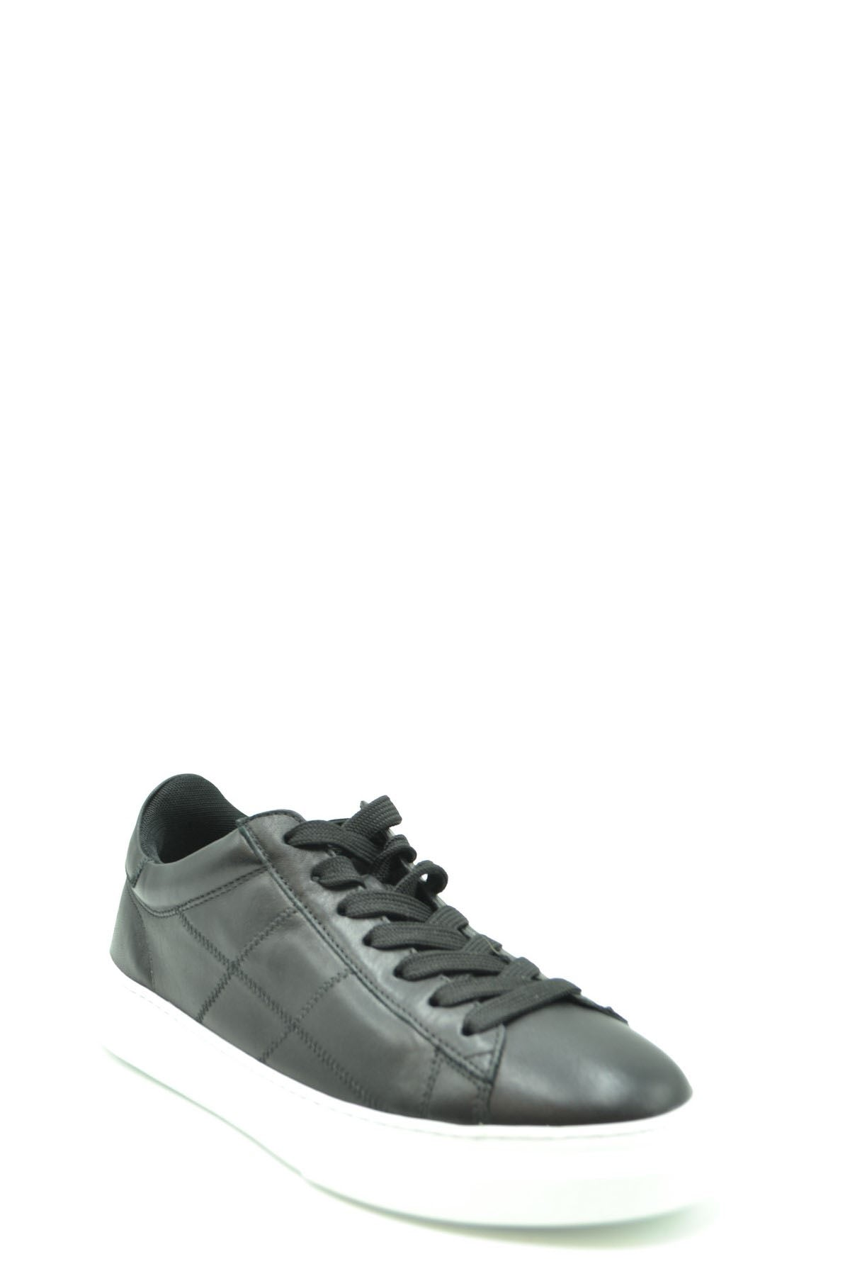 Shoes Hogan-Sports & Entertainment - Sneakers-Product Details Manufacturer Part Number: Hxm3650K694Le9B999Year: 2020Composition: Leather 100%Size: UkGender: ManMade In: ItalySeason: Fall / WinterType Of Accessory: ShoesMain Color: BlackTerms: New With Label-Keyomi-Sook