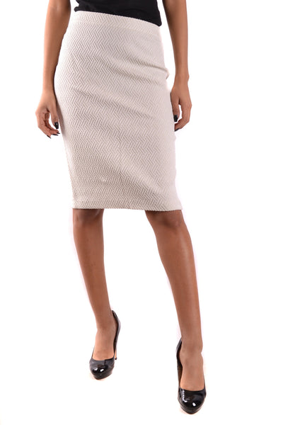 Skirt Armani Collezioni-Skirts - WOMAN-Product Details Terms: New With LabelYear: 2017Main Color: CreamGender: WomanMade In: MoldovaSize: ItSeason: Spring / SummerClothing Type: SkirtComposition: Cotton 45%, Elastane 1%, Polyamide 13%, Viscose 41%-Keyomi-Sook