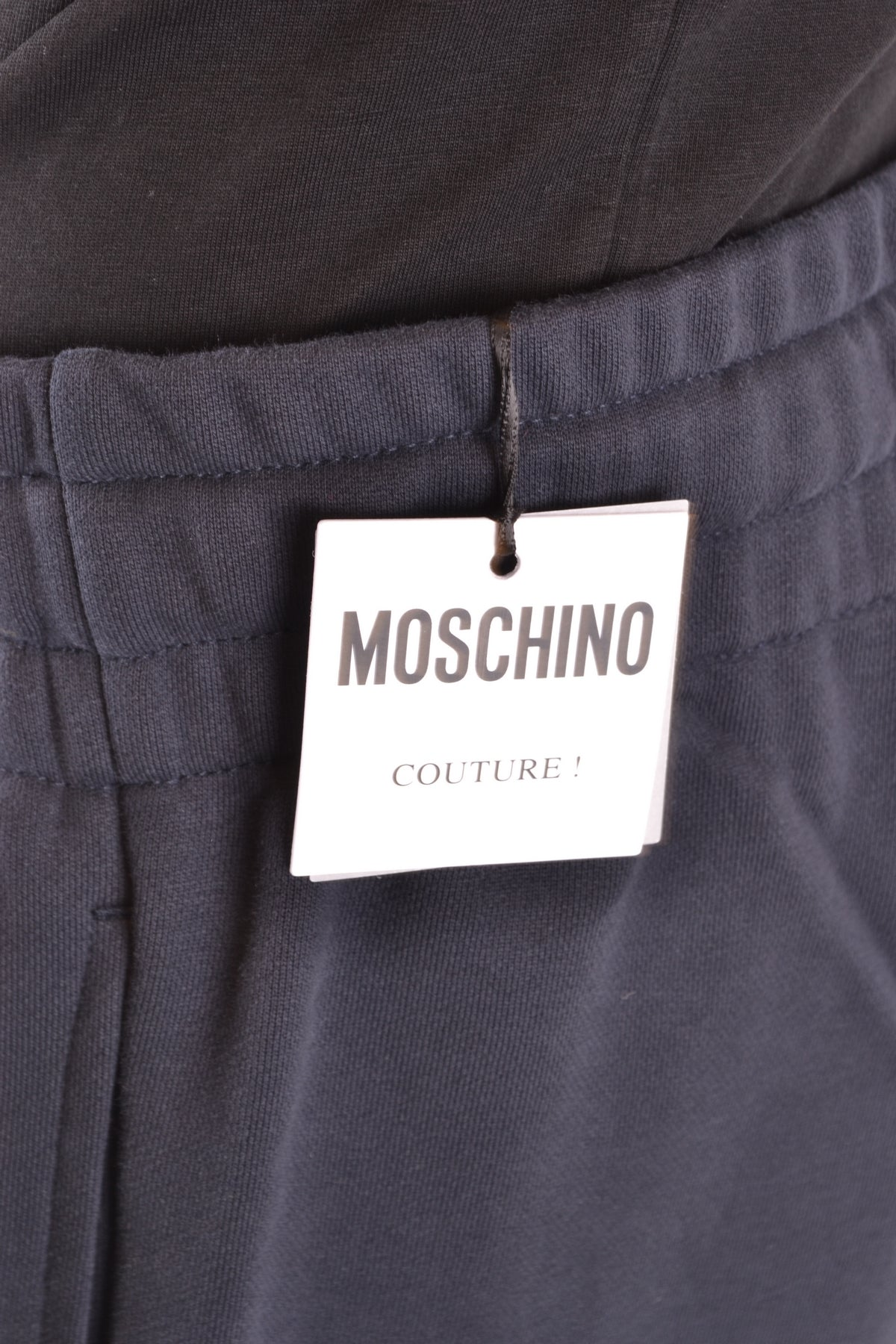 Trousers Moschino--Product Details Terms: New With LabelYear: 2019Main Color: BlueGender: ManMade In: PortugalManufacturer Part Number: Z A0721 0240 1001Size: ItSeason: Spring / SummerClothing Type: TrousersComposition: Cotton 100%-Keyomi-Sook