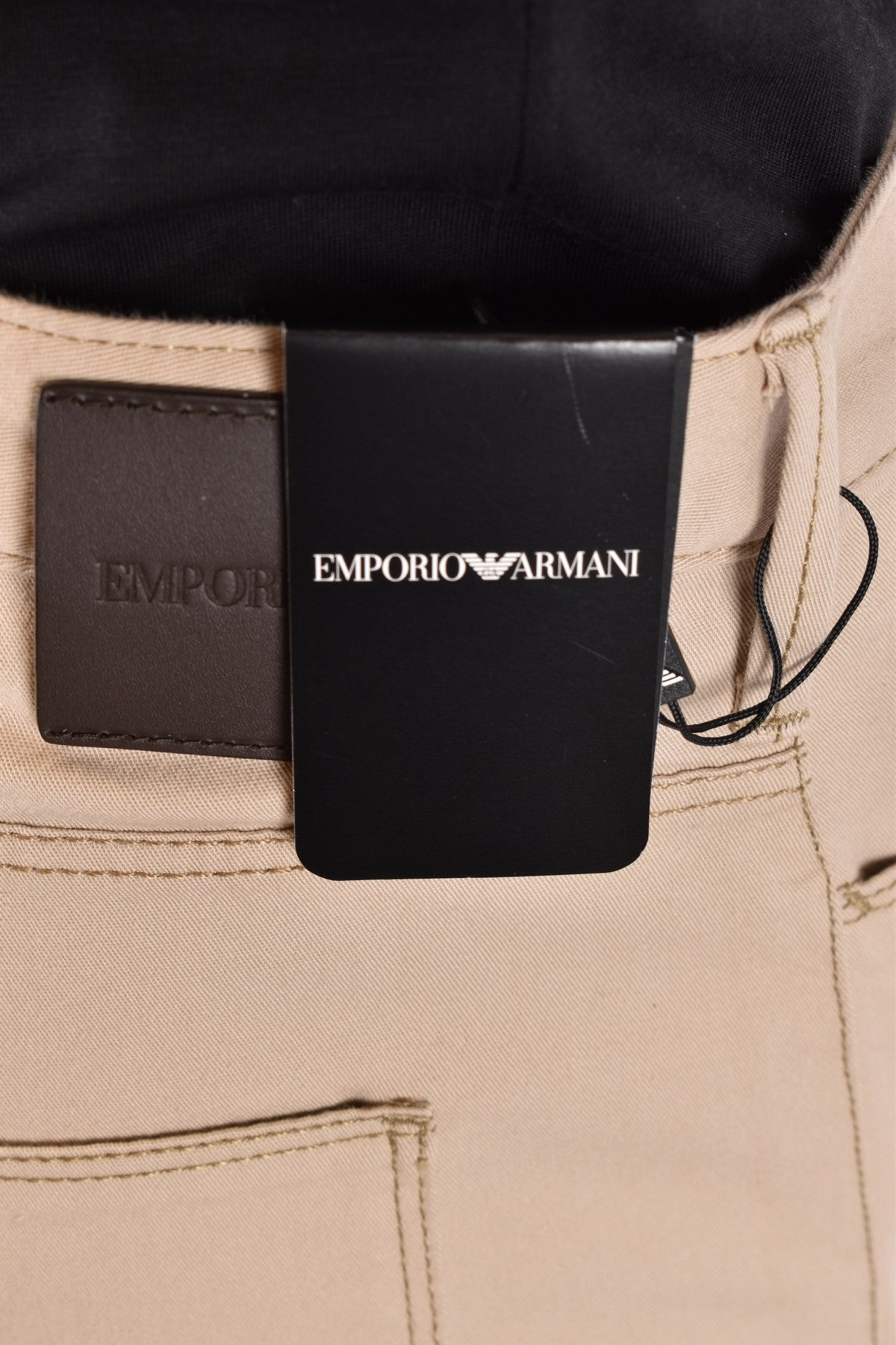 Jeans Emporio Armani-Men's Fashion - Men's Clothing - Jeans-Product Details Terms: New With LabelClothing Type: JeansMain Color: BeigeSeason: Spring / SummerMade In: BulgariaGender: ManSize: UsComposition: Cotton 96%, Elastane 4%Year: 2020Manufacturer Part Number: 8N1J06 1N0Lz 0132-Keyomi-Sook