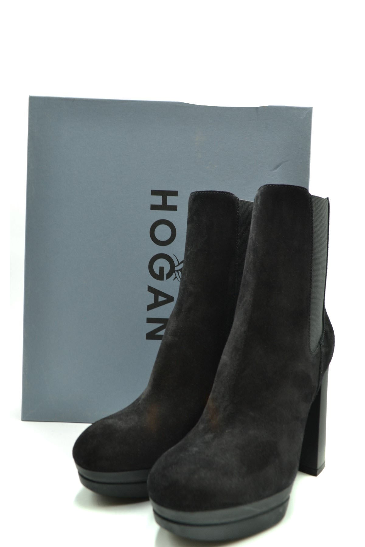 Shoes Hogan-Women's Fashion - Women's Shoes - Women's Boots-Product Details Manufacturer Part Number: Hxw3910As00Byeb999Year: 2020Composition: Chamois 100%Size: EuHeel'S Height: 11Gender: WomanSeason: Fall / WinterType Of Accessory: BootsMain Color: BlackTerms: New With LabelMade In: Italy-Keyomi-Sook