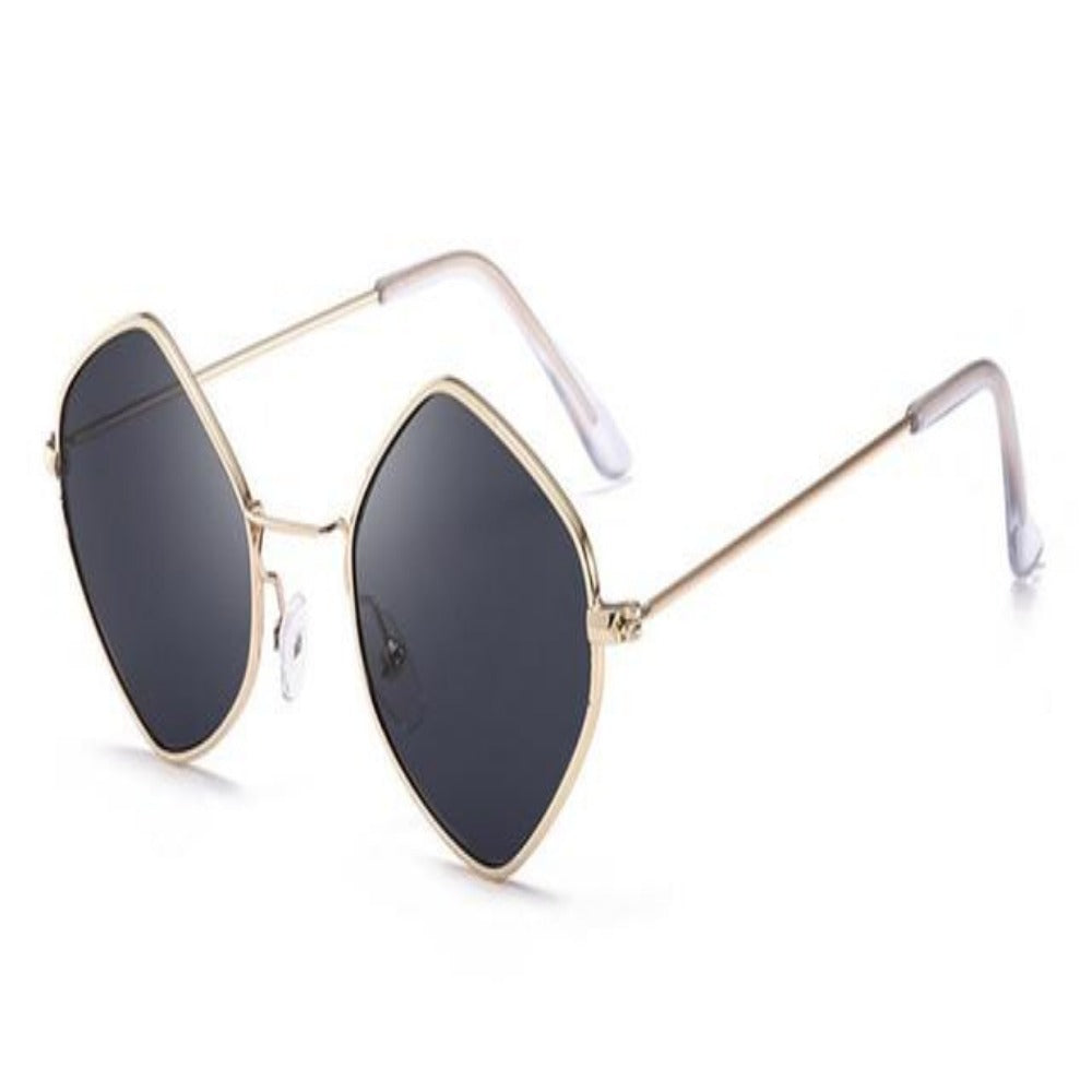 Men & Women's Clear Polygon Sunglasses-Ladies Sunglasses-C1-BlkGold-Product Details: Men & Women's Clear Polygon Vintage Sunglasses Lenses Optical Attribute: Mirror, UV400, Anti-Reflective Frame Material: Alloy Lenses Material: Polycarbonate Dimensions: Lens Width: 53 mm Lens Height: 46 mm-Keyomi-Sook
