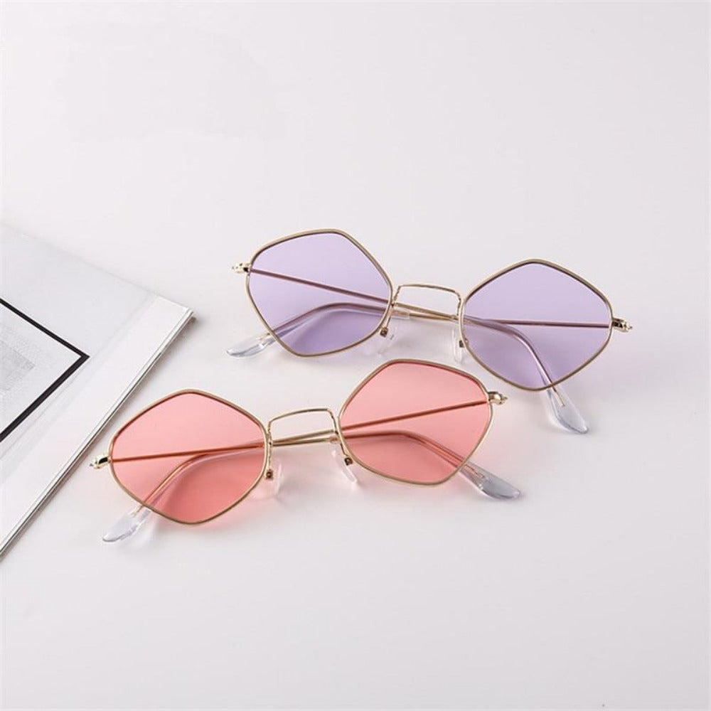 Men & Women's Clear Polygon Sunglasses-Ladies Sunglasses-Product Details: Men & Women's Clear Polygon Vintage Sunglasses Lenses Optical Attribute: Mirror, UV400, Anti-Reflective Frame Material: Alloy Lenses Material: Polycarbonate Dimensions: Lens Width: 53 mm Lens Height: 46 mm-Keyomi-Sook