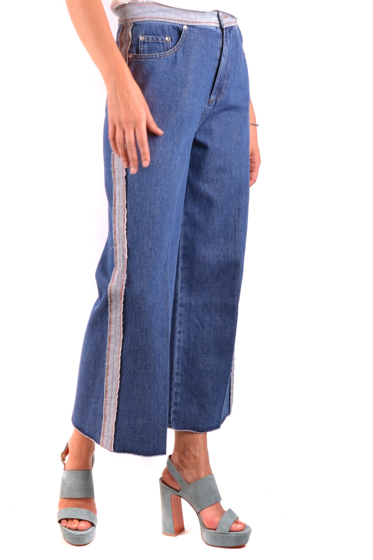 Jeans R.E.D. Valentino-Jeans - WOMAN-Product Details Terms: New With LabelYear: 2018Main Color: BlueGender: WomanMade In: ItalyManufacturer Part Number: Nr0Dd01USize: ItSeason: Spring / SummerClothing Type: JeansComposition: Cotton 100%-Keyomi-Sook