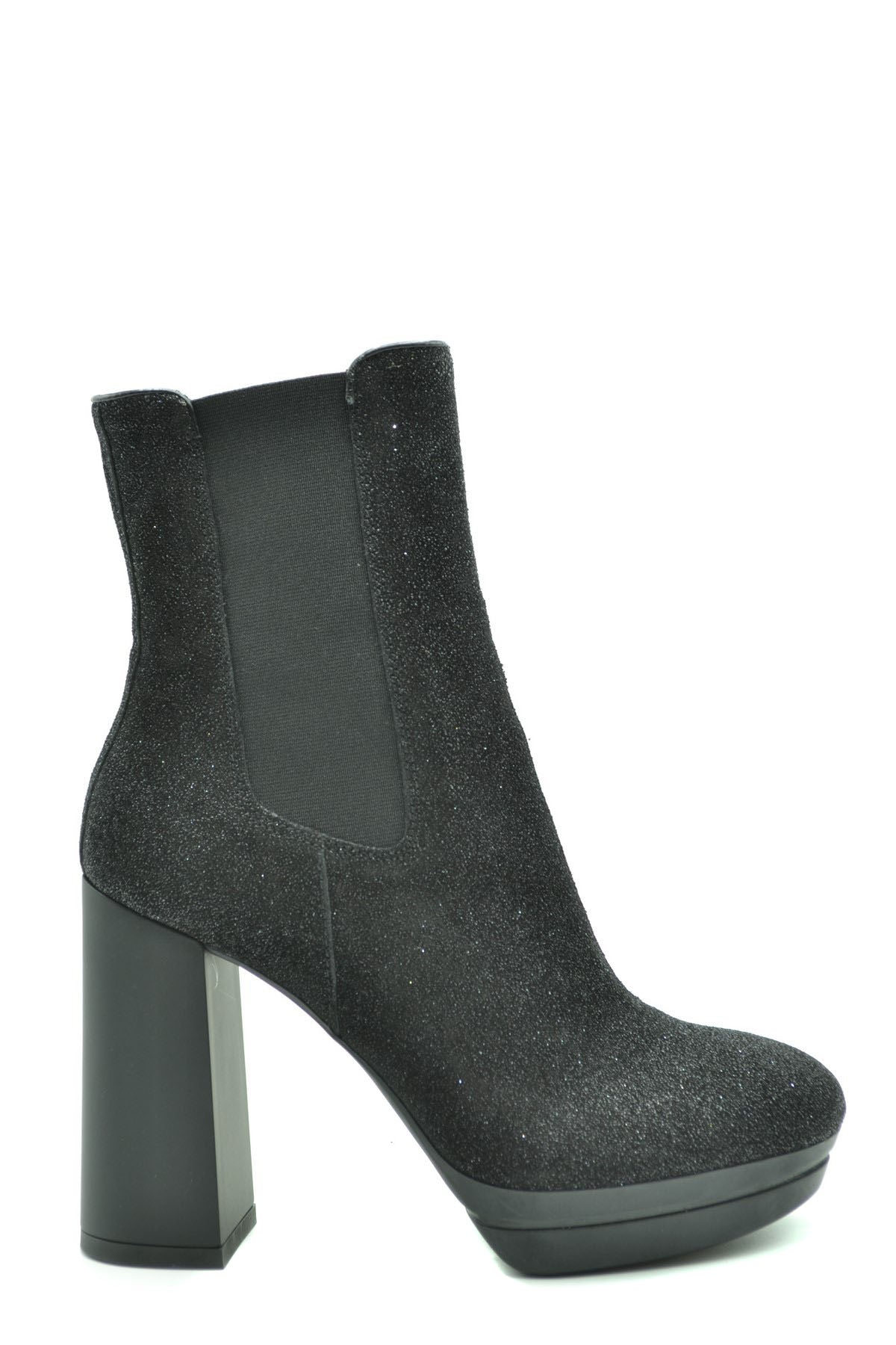Shoes Hogan-Women's Fashion - Women's Shoes - Women's Boots-35-Product Details Terms: New With LabelMain Color: BlackType Of Accessory: BootsSeason: Fall / WinterMade In: ItalyGender: WomanHeel'S Height: 11Size: EuComposition: Leather 100%Year: 2020Manufacturer Part Number: Hxw3910Au80P0Fb999-Keyomi-Sook