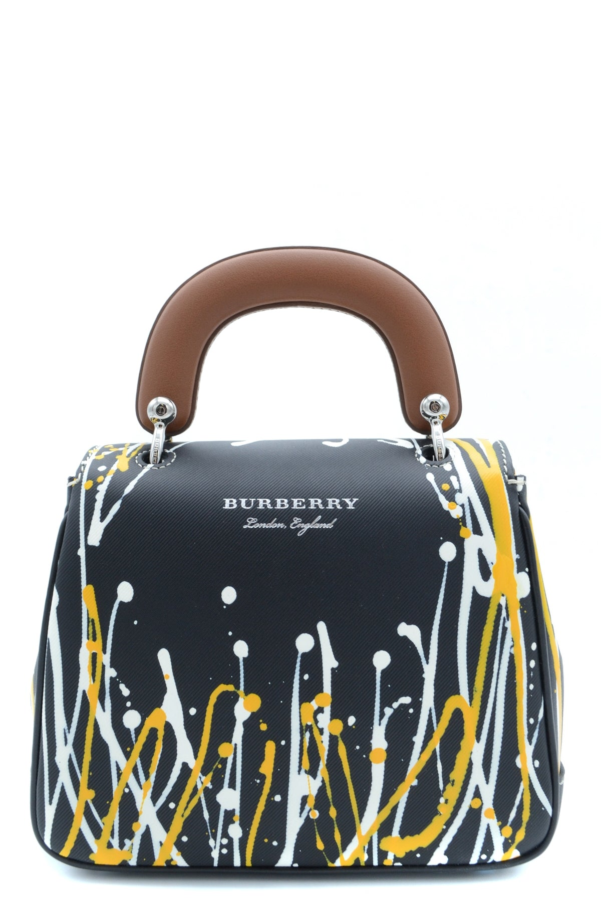 Bag Burberry-Bags - WOMAN-Product Details Type Of Accessory: HandbagSeason: Spring / SummerMade In: ItalyTerms: New With LabelMain Color: BlackGender: WomanYear: 2018Manufacturer Part Number: 4068517 1Size: IntBag Wxhxd (Cm): 22X19X8Composition: Leather 100%-Keyomi-Sook