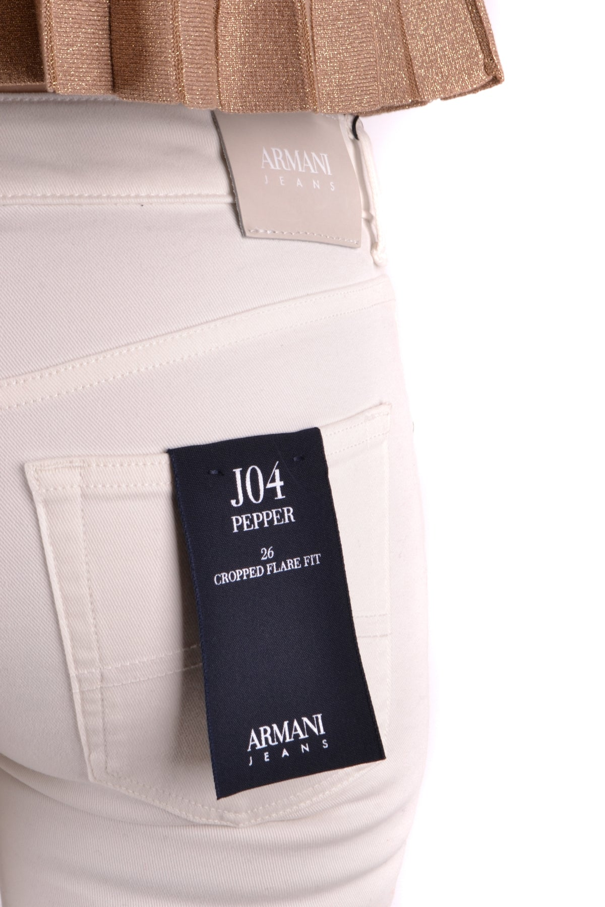 Jeans Armani Jeans-Jeans - WOMAN-Product Details Terms: New With LabelYear: 2018Main Color: WhiteGender: WomanMade In: RomaniaManufacturer Part Number: 6Y5J04 5N2FzSize: UsSeason: Spring / SummerClothing Type: JeansComposition: Cotton 98%, Elastane 2%-Keyomi-Sook