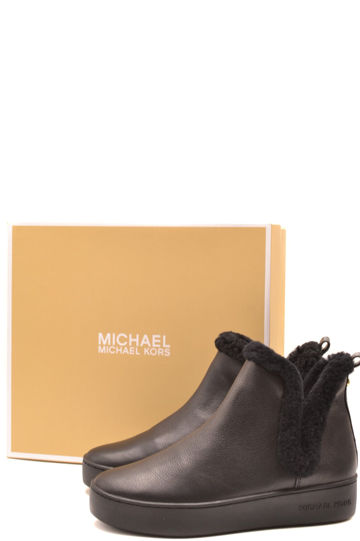 Shoes Michael Kors-Women's Fashion - Women's Shoes - Women's Boots-Product Details Manufacturer Part Number: 43F9Ahfp1LYear: 2020Composition: Leather 100%Size: UsGender: WomanMade In: ChinaSeason: Fall / WinterType Of Accessory: BootsMain Color: BlackTerms: New With Label-Keyomi-Sook
