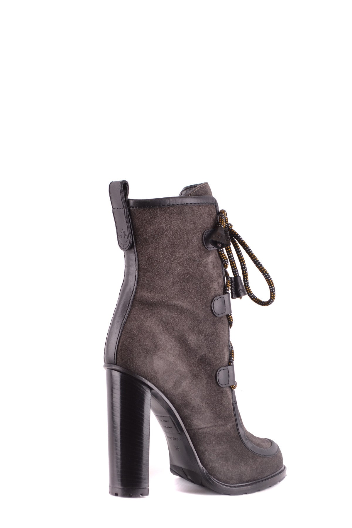 Shoes Dsquared-Bootie - WOMAN-Product Details Type Of Accessory: ShoesTerms: New With LabelYear: 2017Main Color: TurtledoveGender: WomanMade In: ItalySize: EuSeason: Fall / WinterComposition: Chamois 100%-Keyomi-Sook