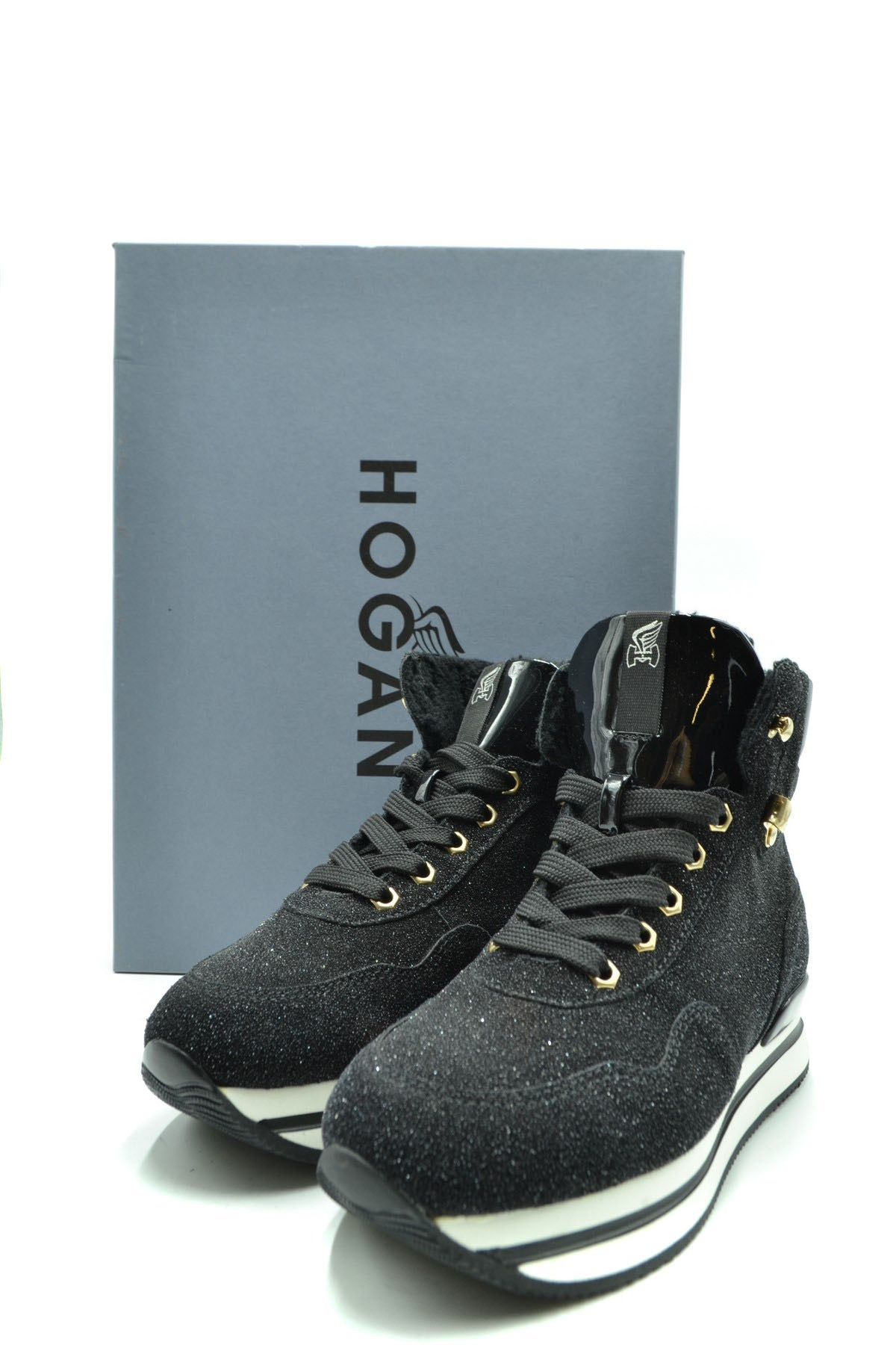 Shoes Hogan-Sports & Entertainment - Sneakers-Product Details Terms: New With LabelMain Color: BlackType Of Accessory: ShoesSeason: Fall / WinterMade In: ItalyGender: WomanSize: EuComposition: Leather 100%Year: 2020Manufacturer Part Number: Hxw2220Ap80667B999-Keyomi-Sook