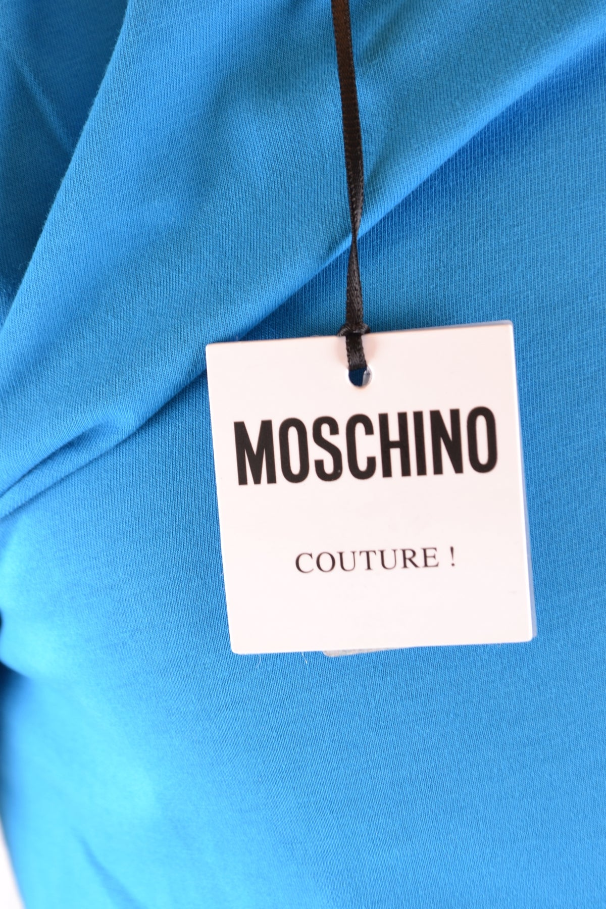 T-Shirt Moschino--Product Details Terms: New With LabelYear: 2019Main Color: BlueGender: ManMade In: PortugalManufacturer Part Number: Za0719 0240 1317Size: ItSeason: Spring / SummerClothing Type: T-ShirtComposition: Cotton 100%-Keyomi-Sook