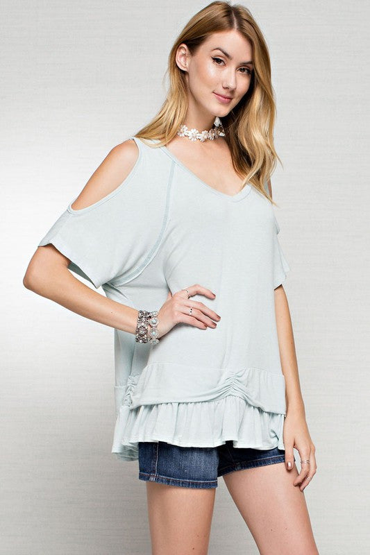 Colder shoulder top in mint  - Bella Vita Chic Boutique