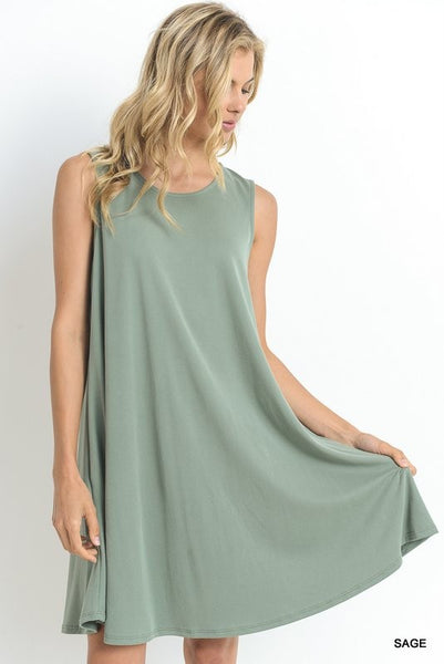 Sleeveless dress with side pockets  - Bella Vita Chic Boutique