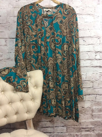 A line paisley keyhole top  - Bella Vita Chic Boutique