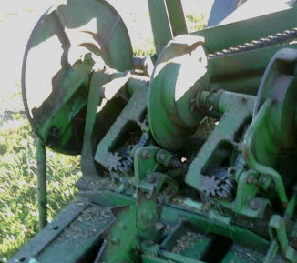 How to Remove Knotters from John Deere Model 14T / 214T Balers