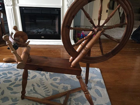 reproduction spinning wheel from 70's