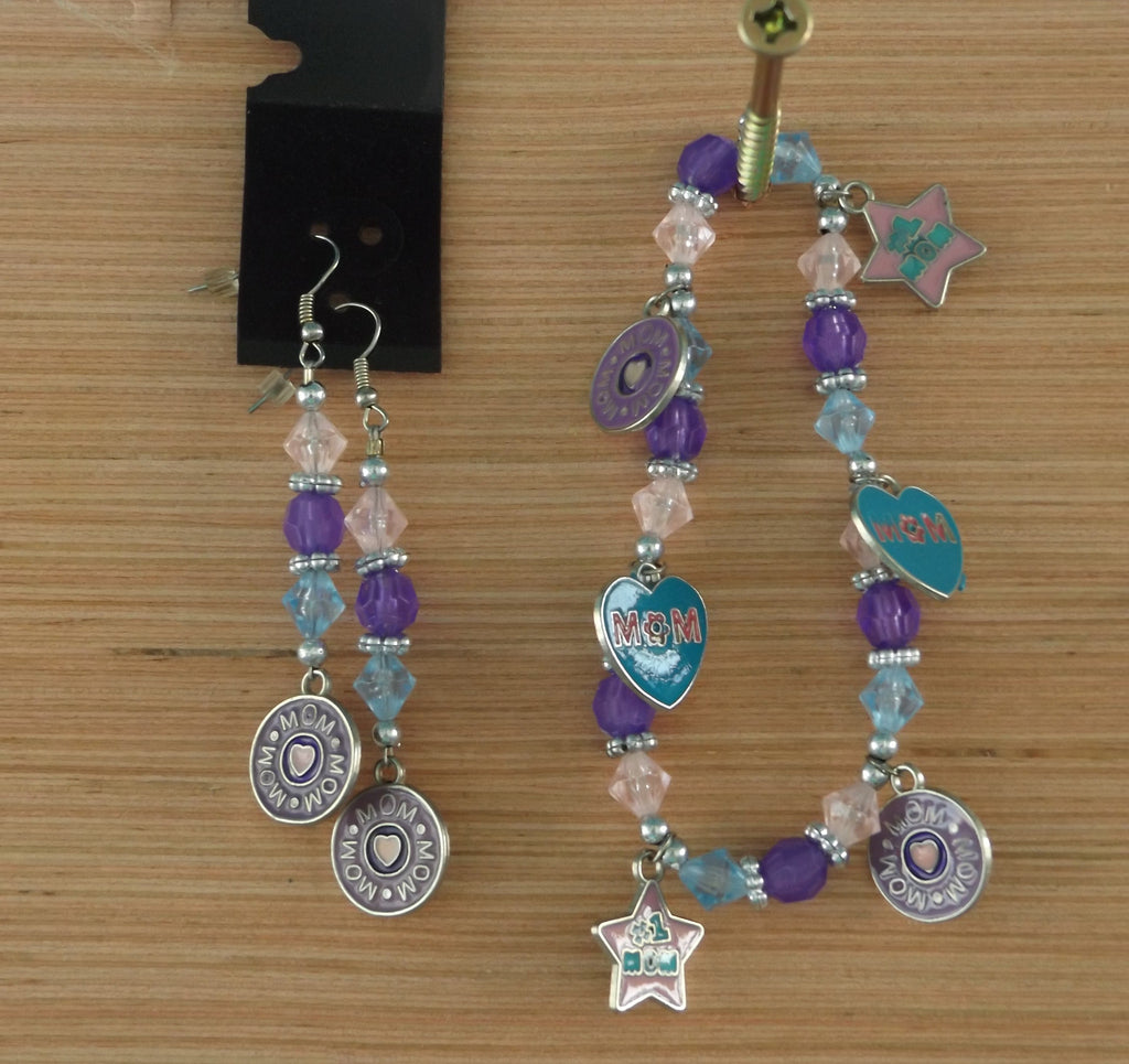 # 1 MOM Bracelet & Earrings Set