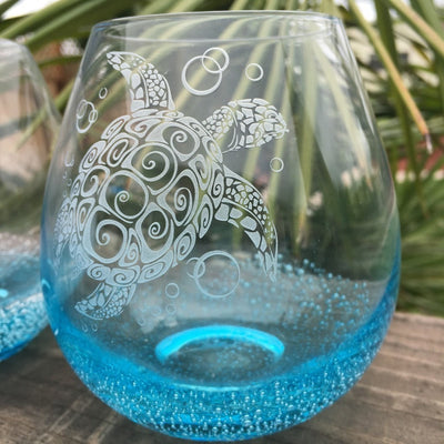 Bubble Wine Glass with Tribal Sea Turtle Design, Hand Etched by Integrity Bottles
