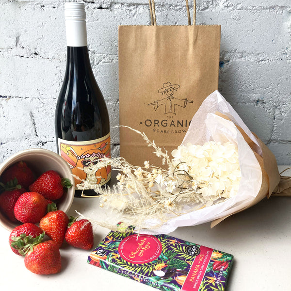 Lovers Gift Hamper WITH Wine