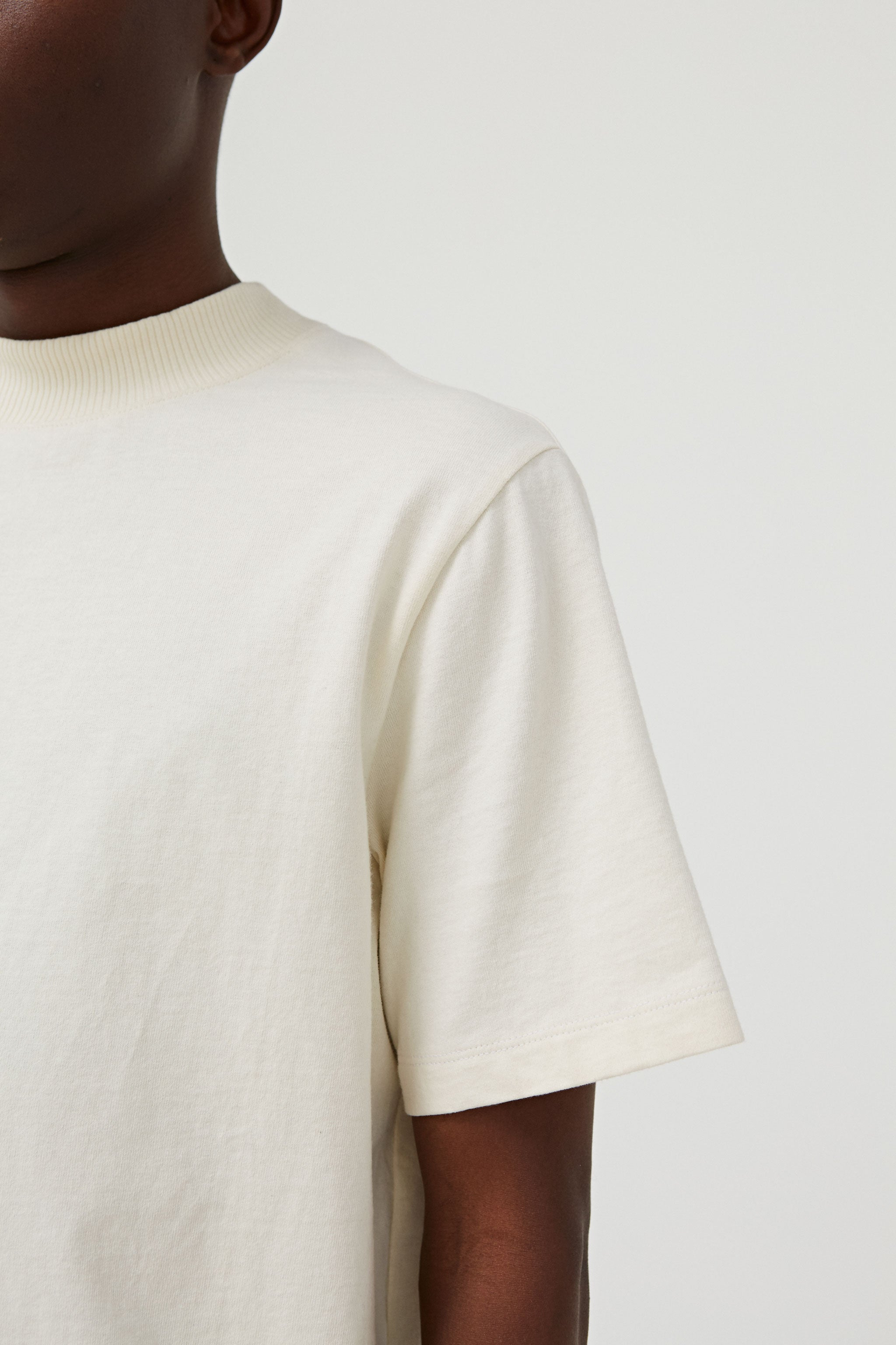 Goodfight FW18 Base Mock Neck Tee Shirt Off-White