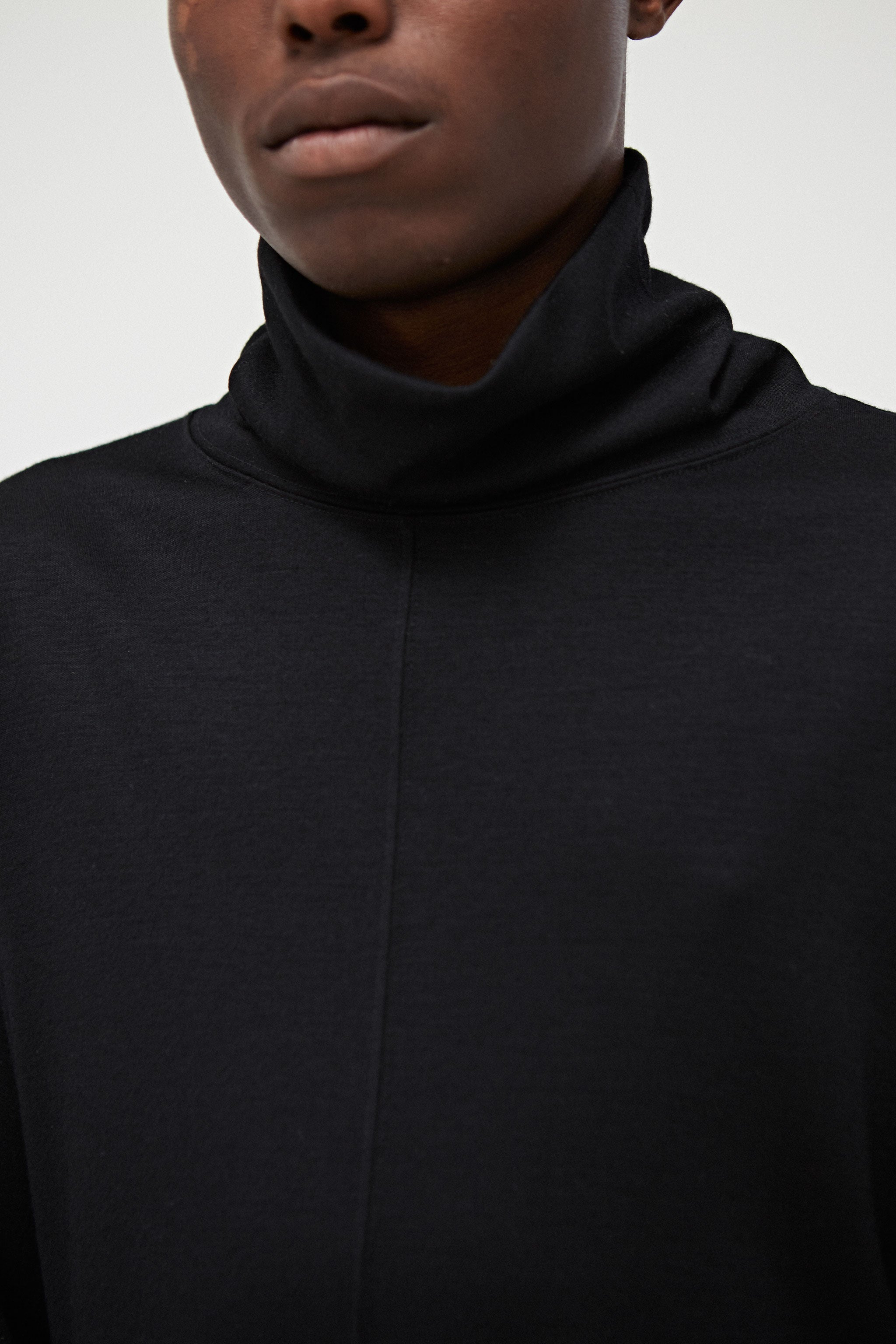 Goodfight FW18 Split Seven L/S Turtleneck Sweater Black
